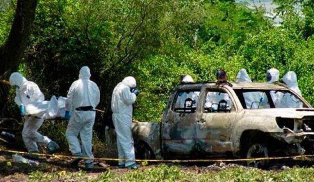 Aparecen 5 cuerpos calcinados en Michoacán