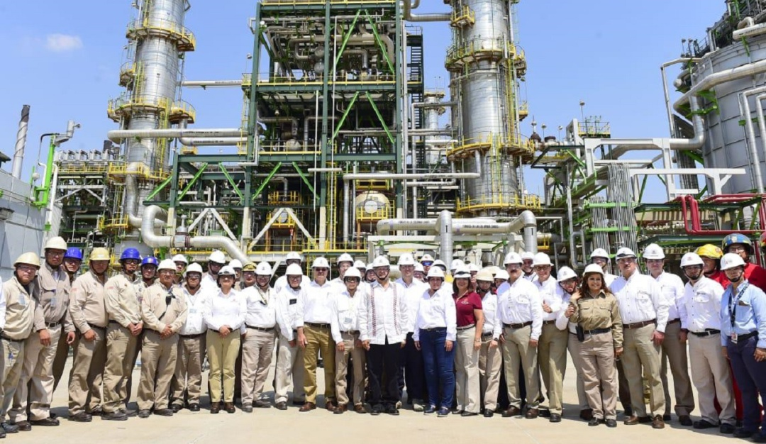 Incremento en producción de refinados disminuyó importaciones: Pemex