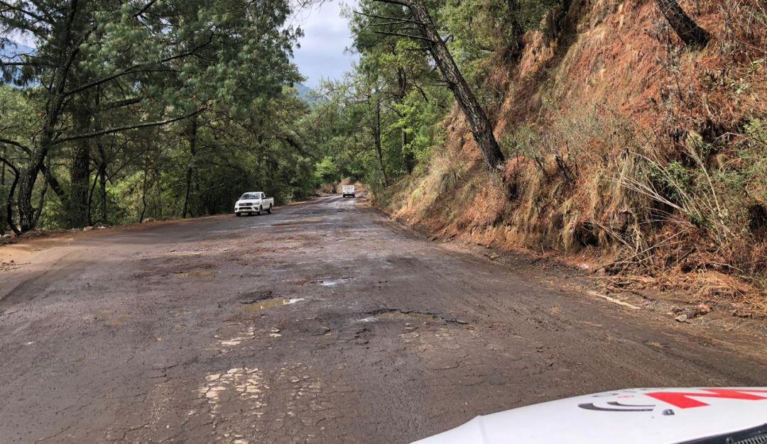 Desechos de incendio taparon calles de San Gabriel