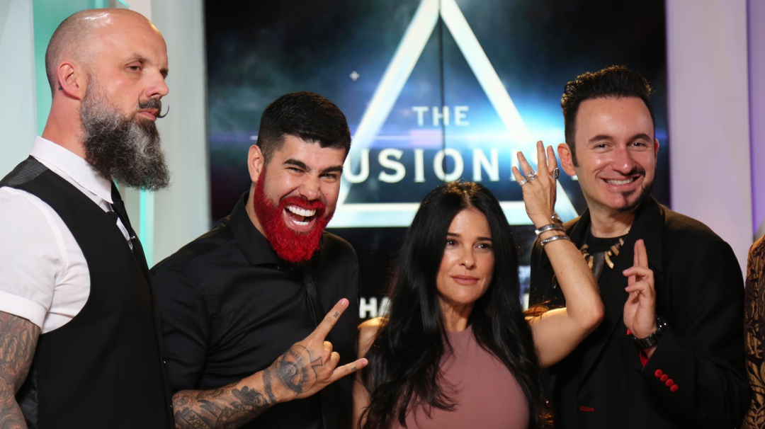 FB LIVE: The Illusionists con Martha Debayle