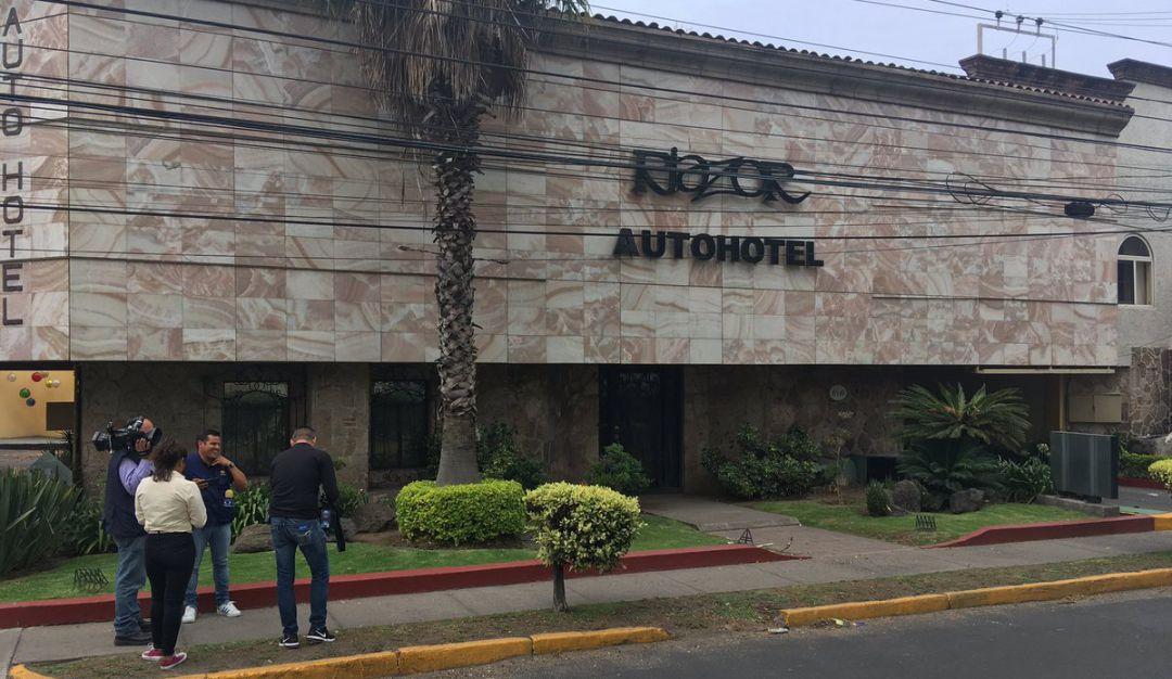 Localizan dos cadáveres en un motel de Zapopan