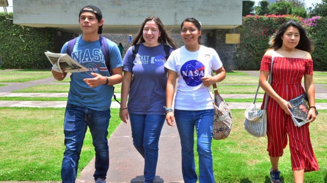 El futuro de México; estudiantes de la Prepa 9 ganan concurso de la NASA