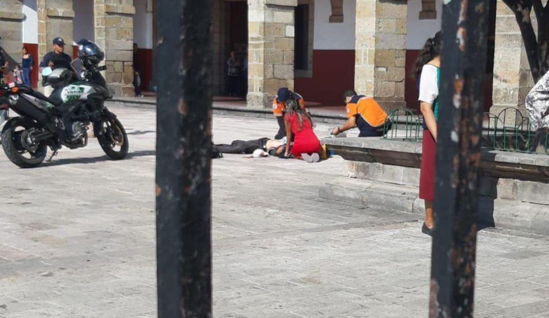 Hieren con arma blanca a un hombre en pleno centro de Zapopan