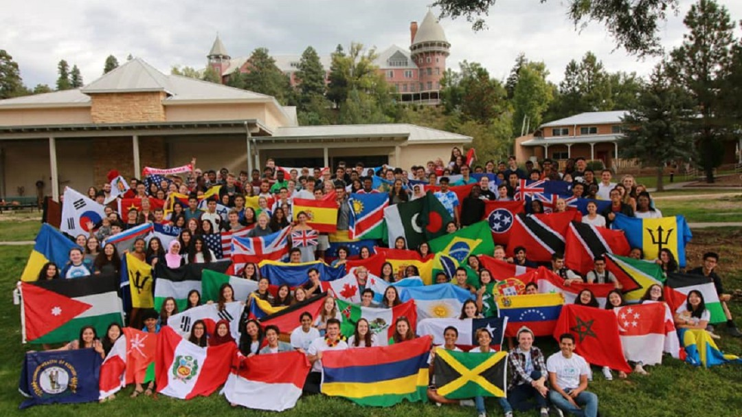 Educación preparatoria en el extranjero, una alternativa: UWC