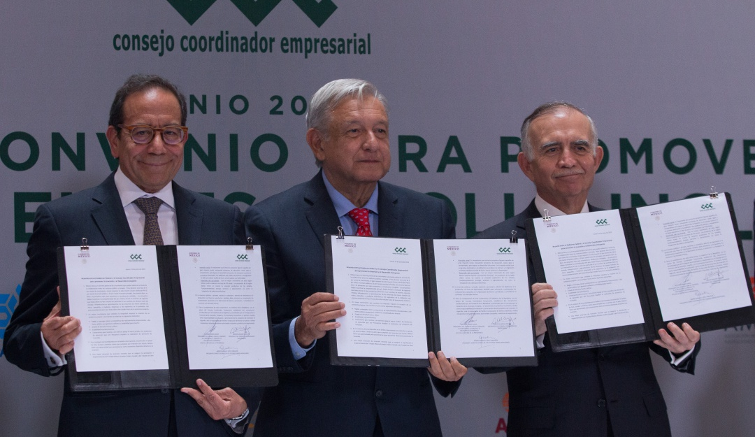 Firman gobierno y empresas acuerdo para buscar crecimiento económico