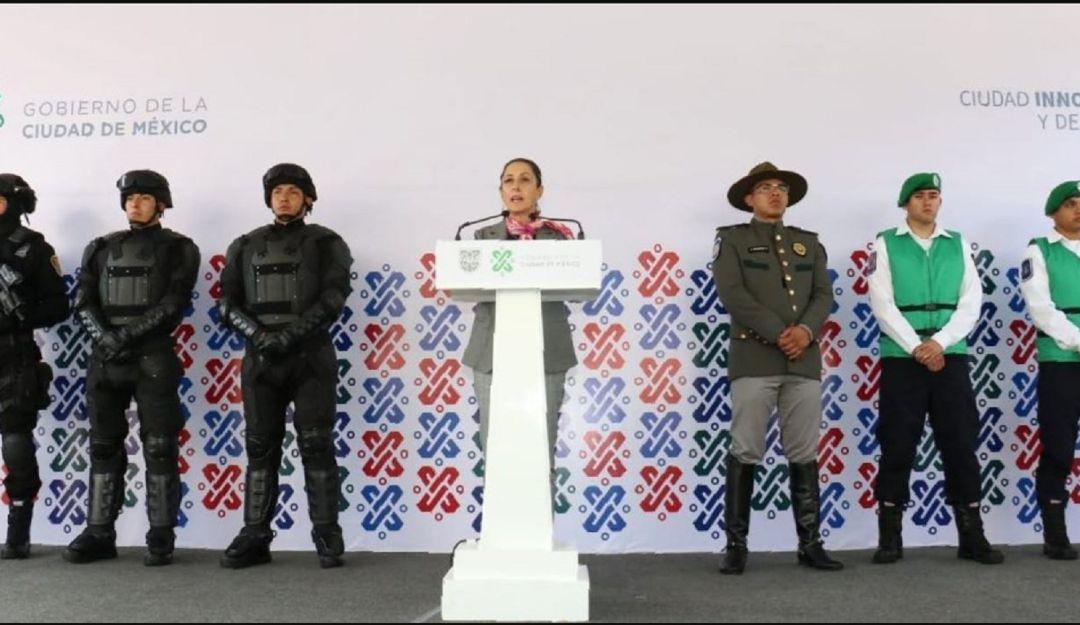 Adiós granaderos; hola nuevos grupos de policías
