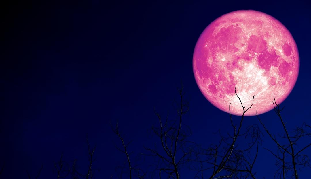 Prepárate para la Luna de Fresa que estamos a punto de presenciar