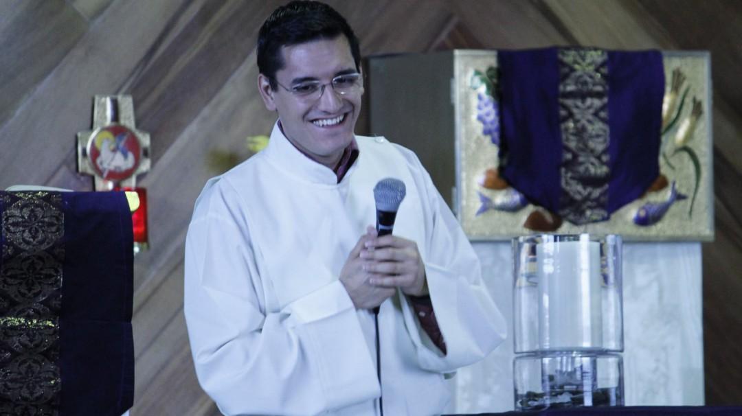 Vinculan a proceso a sacerdote por homicidio de Leonardo Avendaño