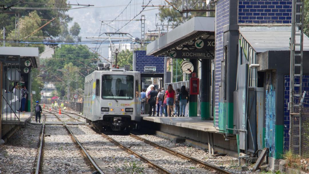 Tren ligero a reparación de Taxqueña a Estadio Azteca