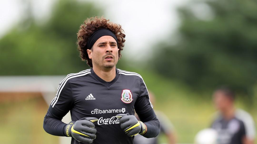 Guillermo Ochoa es buscado por un equipo de España