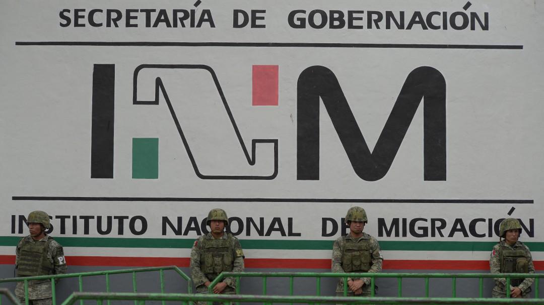 Titular de INM está ocupado trabajando en asuntos de los migrantes: AMLO