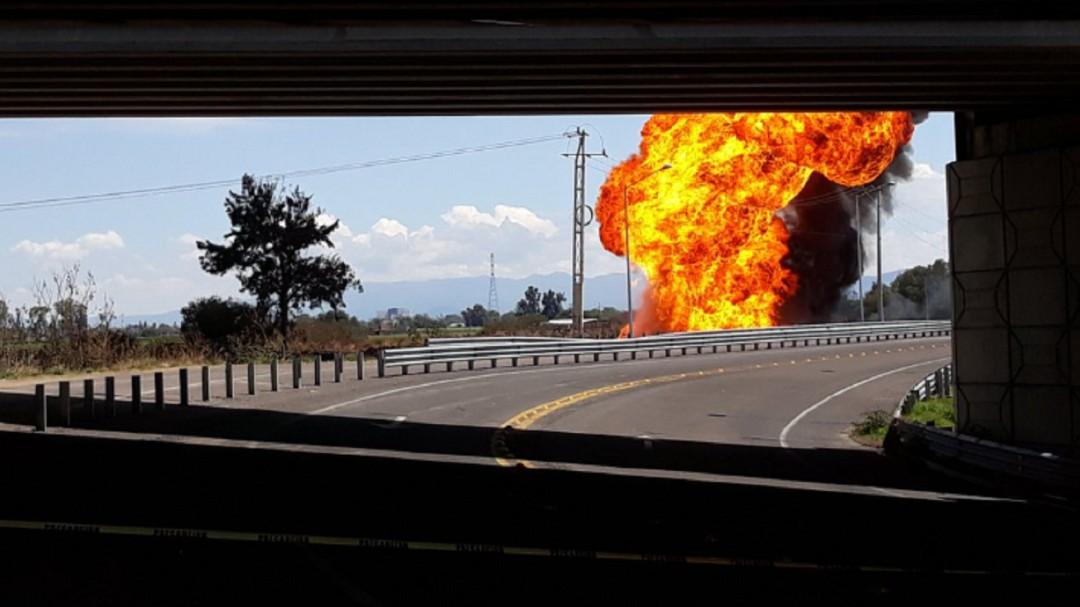 Un ducto más; explota en Ceyala otro ducto de Pemex