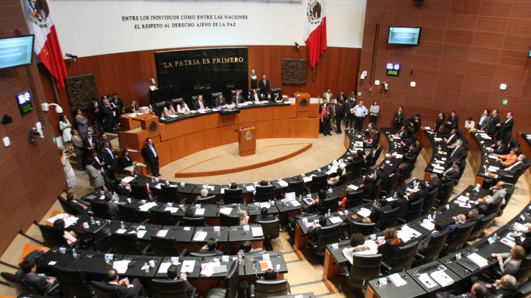 Senado reanuda sesión extraordinaria