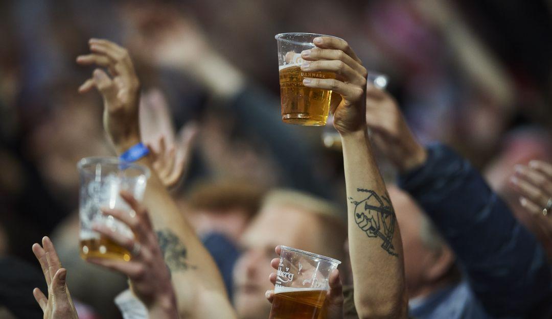 Cerveza en estadios.
