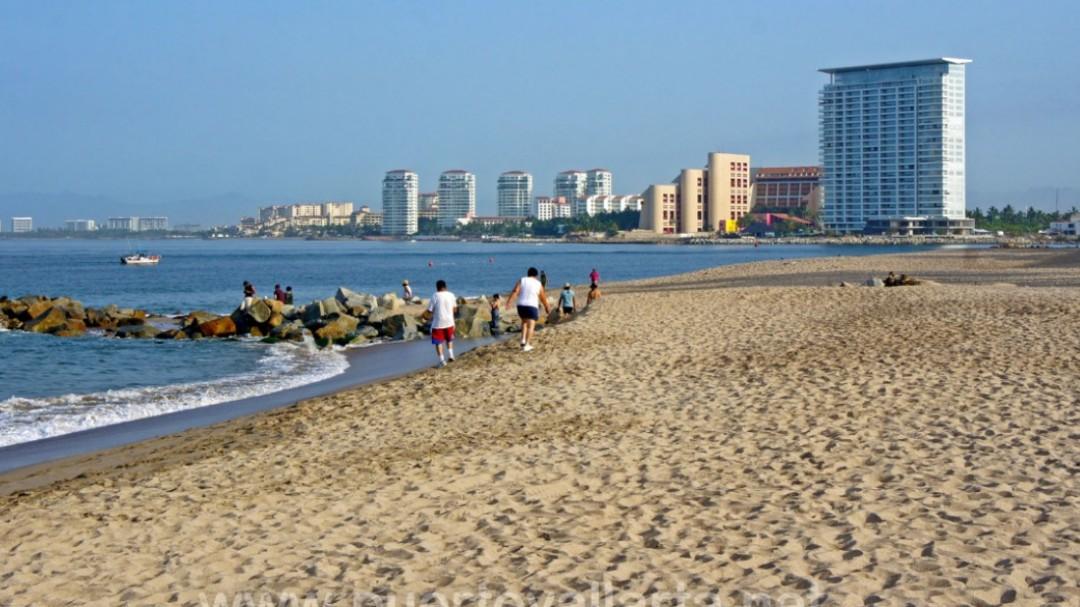 Aseguran playas limpias en Jalisco