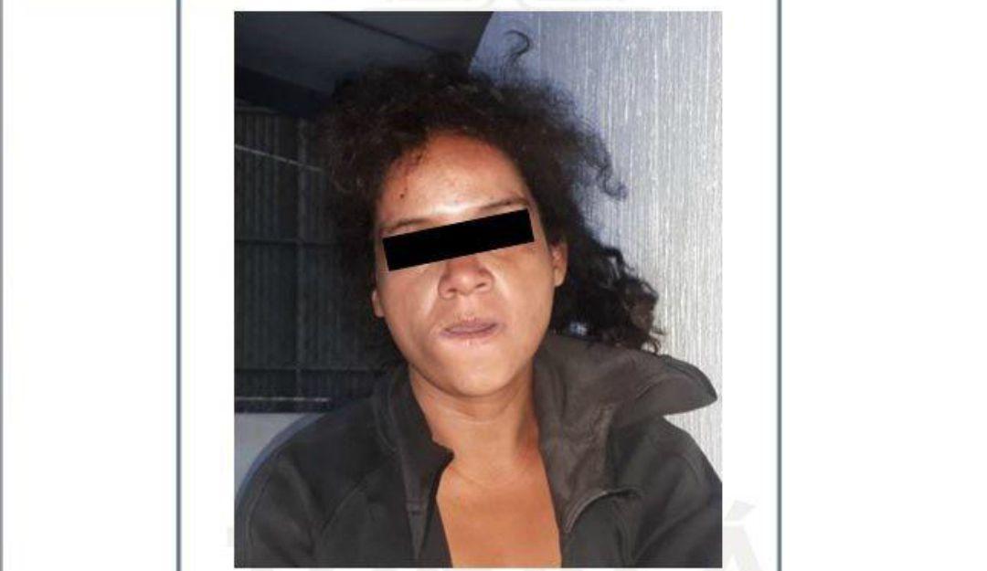 Detienen a una mujer asaltante en Tonalá