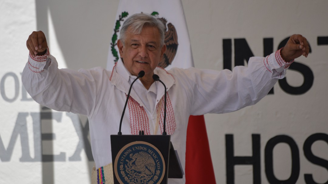 Con llamado a la unidad, expresa AMLO respeto al EZLN