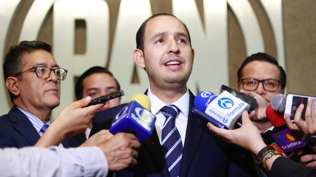Herrera, encargado; AMLO gobierna solo: Marko Cortés