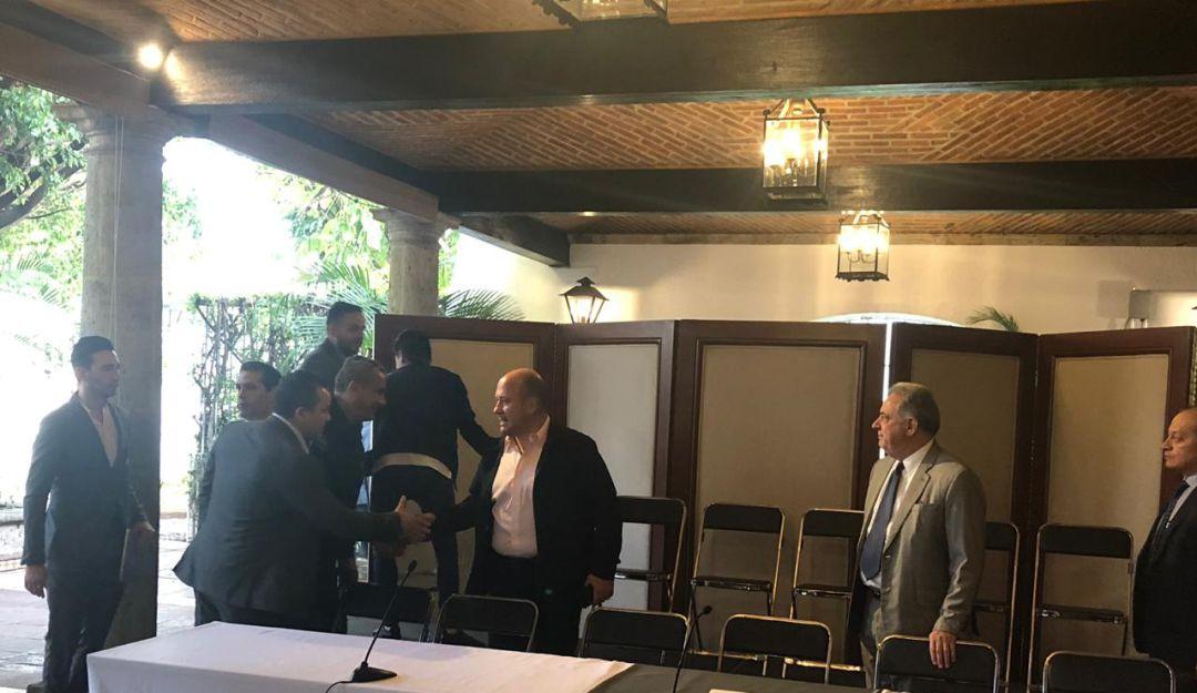 Cámaras y colegios aprueban acuerdo de El Zapotillo: Alfaro
