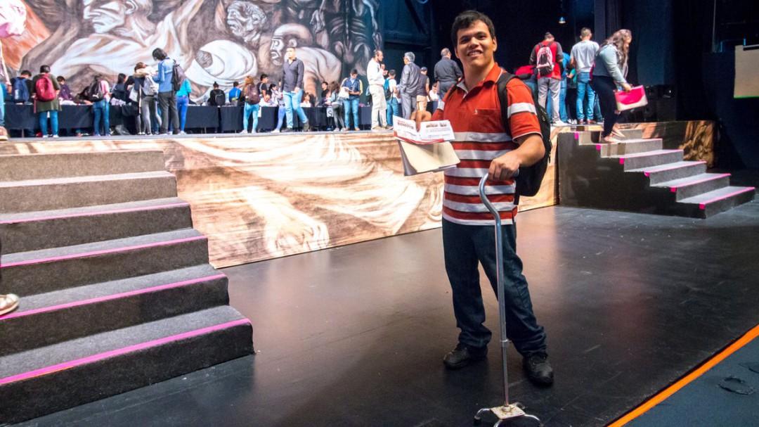 Entregan becas Jóvenes Escribiendo el Futuro en Guadalajara