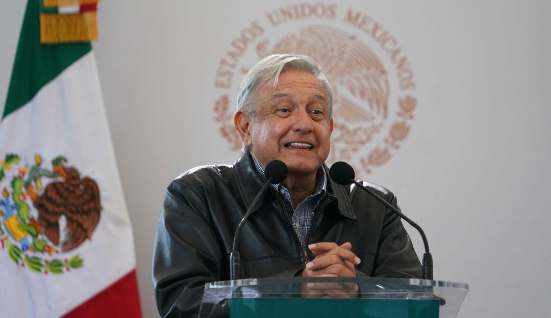 López Obrador buscará elevar matrícula de médicos