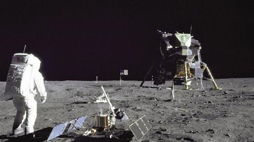 El duelo en la luna; a 50 años del hombre en la luna