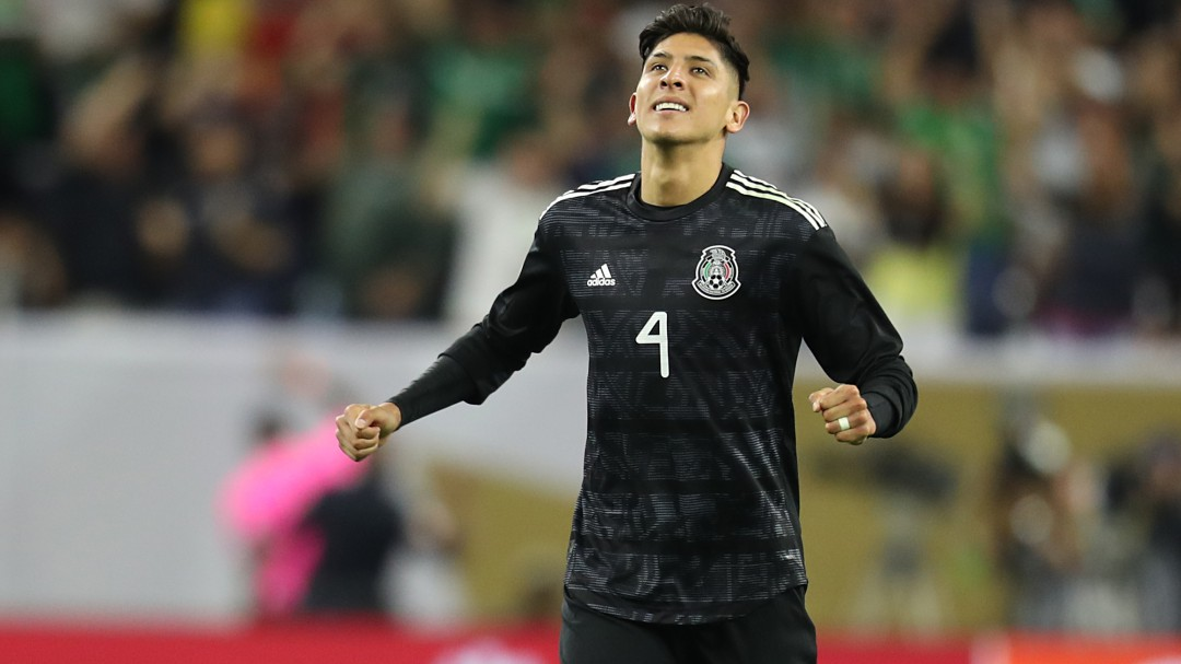 Edson Álvarez jugará con el Ajax