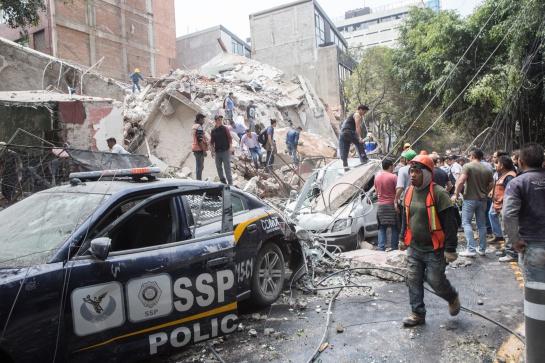 Colapso de un edificio en las calles de Yucatán y Amsterdam de la colonia Condesa tras el sismo del 19 de septiembre de 2017