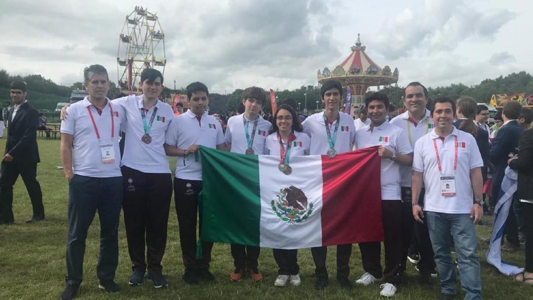 SOPITAS: Nuevos héroes, Guillermo del Toro y los estudiantes de matemáticas