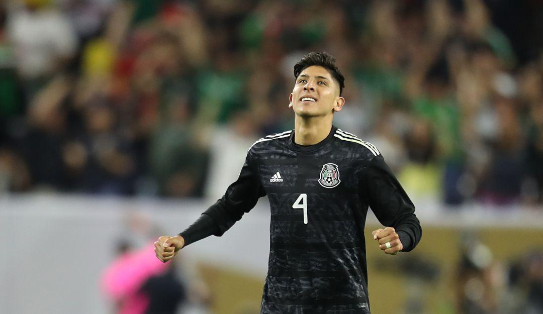 ¡Edson Álvarez fue presentado en el Ajax!