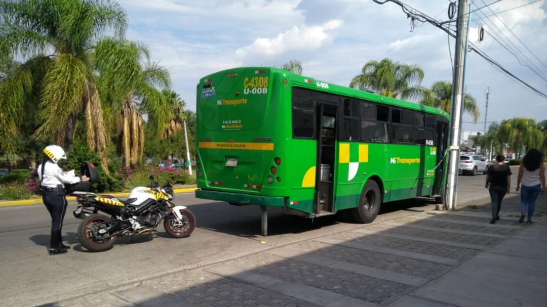 Ciudadanos se quejan del incremento a la tarifa del transporte público