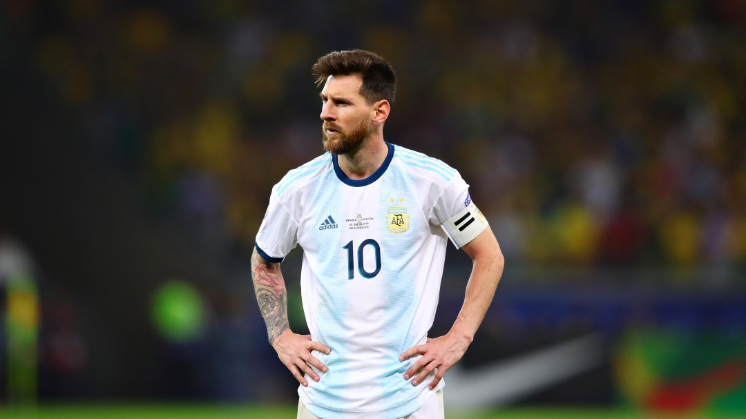 Una persona agredió a Messi en una discoteca de Ibiza
