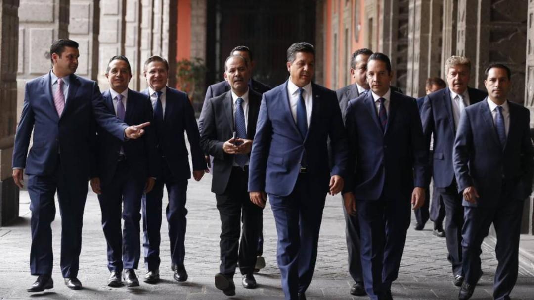 """""""El país está estancado"""": Gobernadores del PAN"""