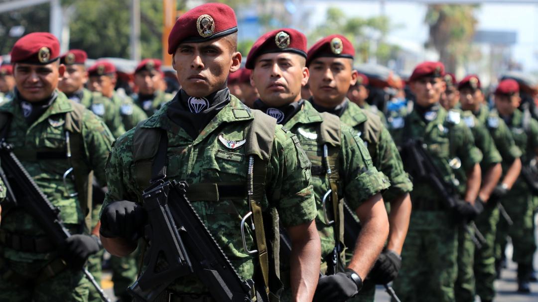 No es un sueño; personas que tengan tatuajes ya podrán ingresar al Ejército