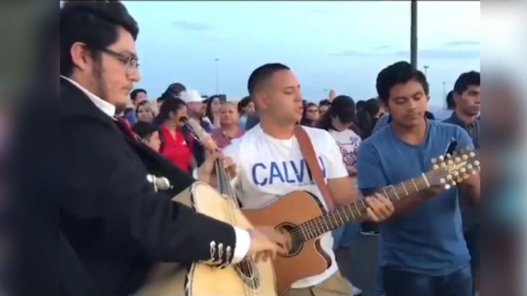 Paso del Norte; mexicanos crean nuevo corrido sobre tiroteo en Texas