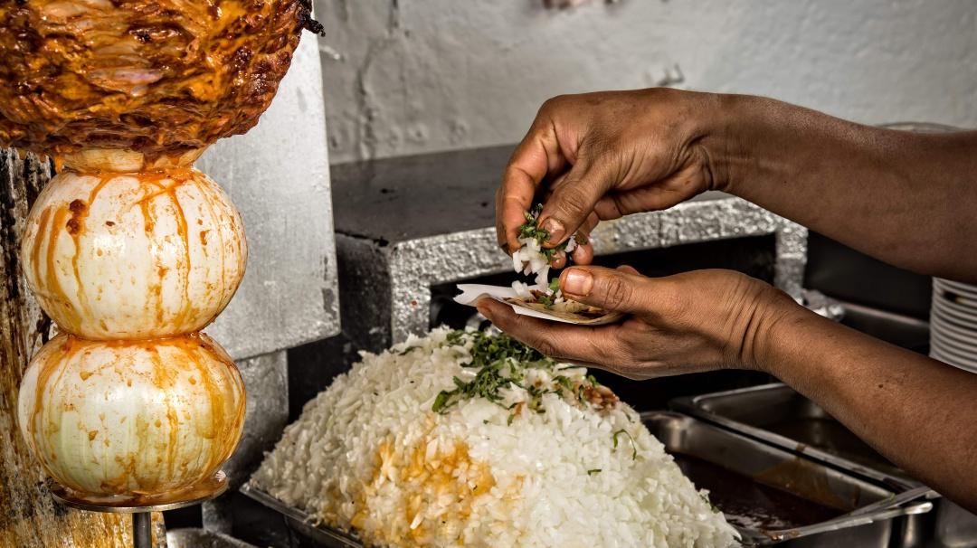 A mi manera: El origen de los deliciosos tacos al pastor