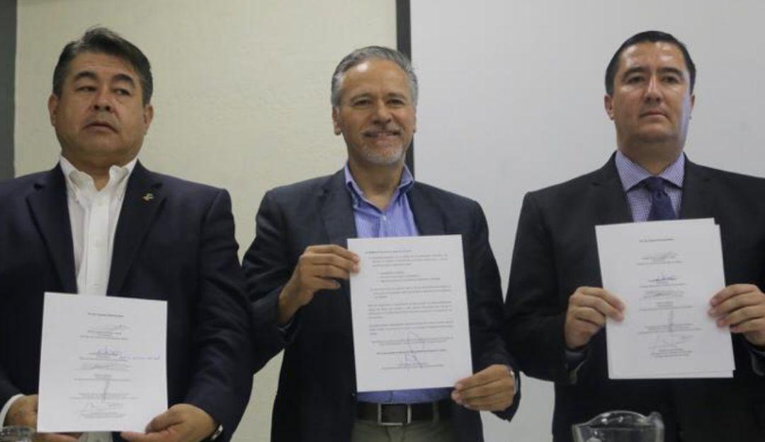 Firman pacto para limpiar Río Santiago
