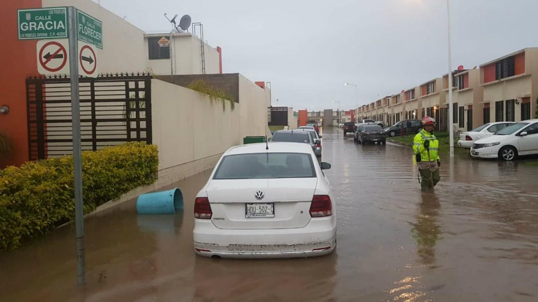 Lluvia causó inundación en 50 casas en Zapopan