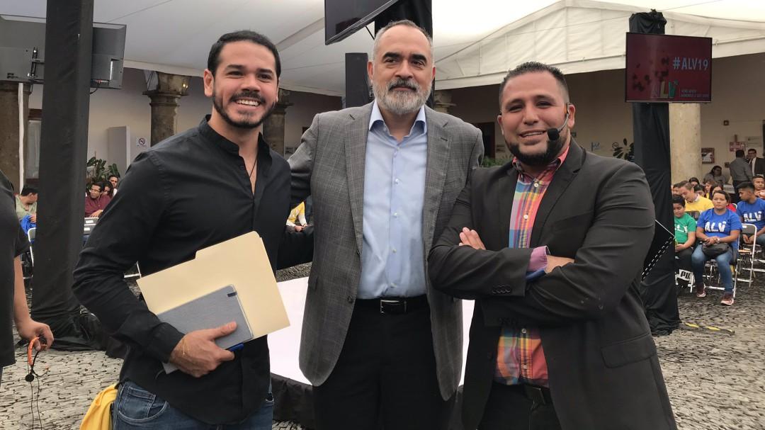 Diputados llevan ALV en el Congreso con jóvenes