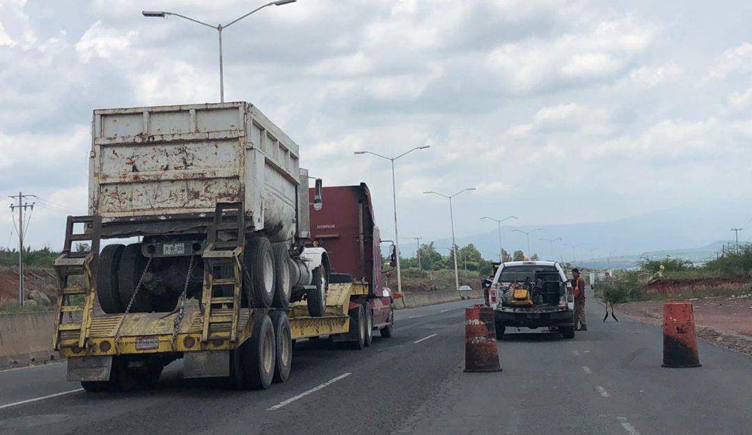 Reparan asfalto del Nuevo Periférico