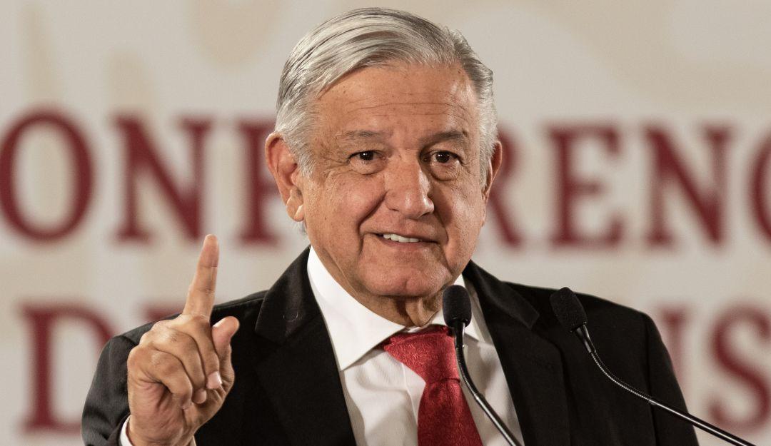 Que el dinero de los partidos se le regrese a la gente, pide López Obrador