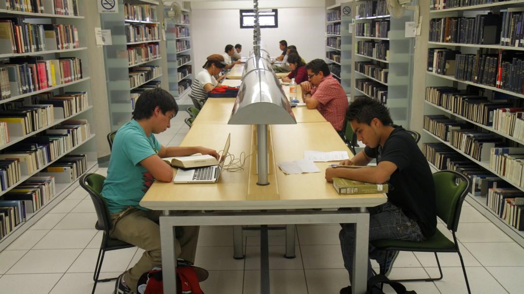 La beca Benito Juárez; gran ayuda para los gastos escolares