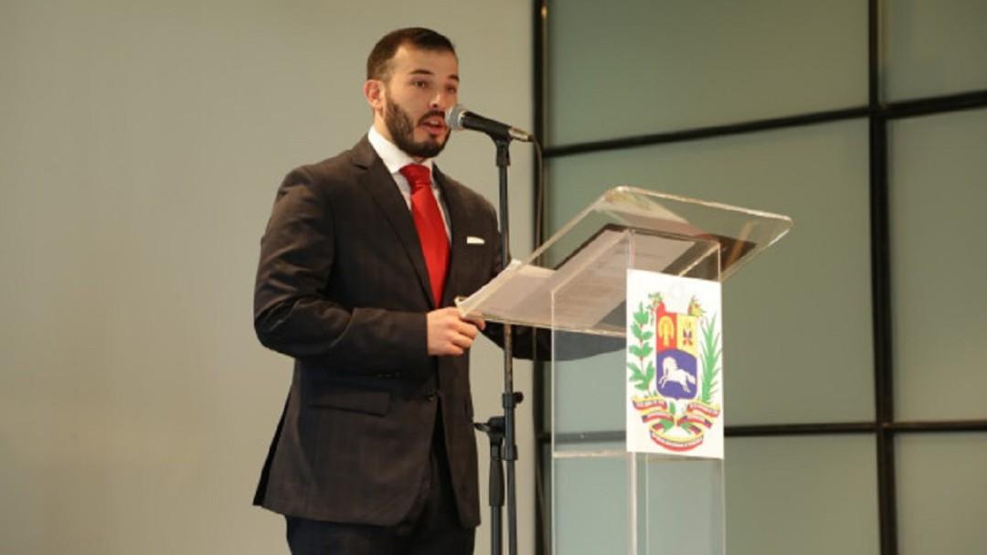 México no debió avalar al Embajador de Maduro: Vocero de Guaidó