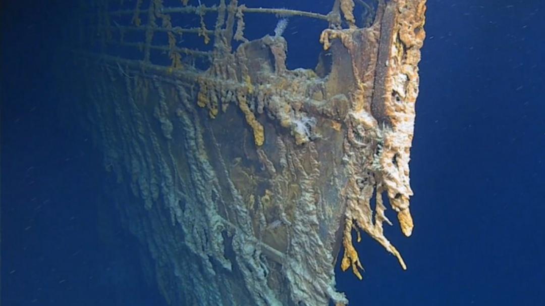 Revelan imágenes inéditas de los restos del Titanic en el fondo del mar