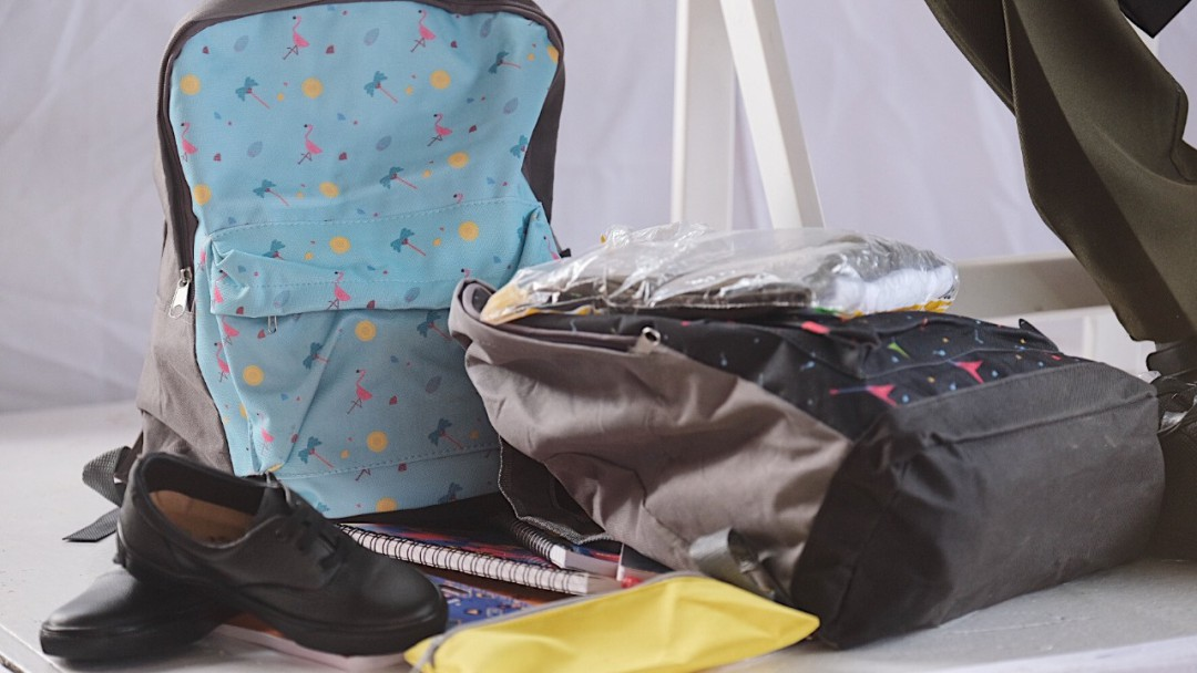 Arranca entrega gratuita de uniformes escolares