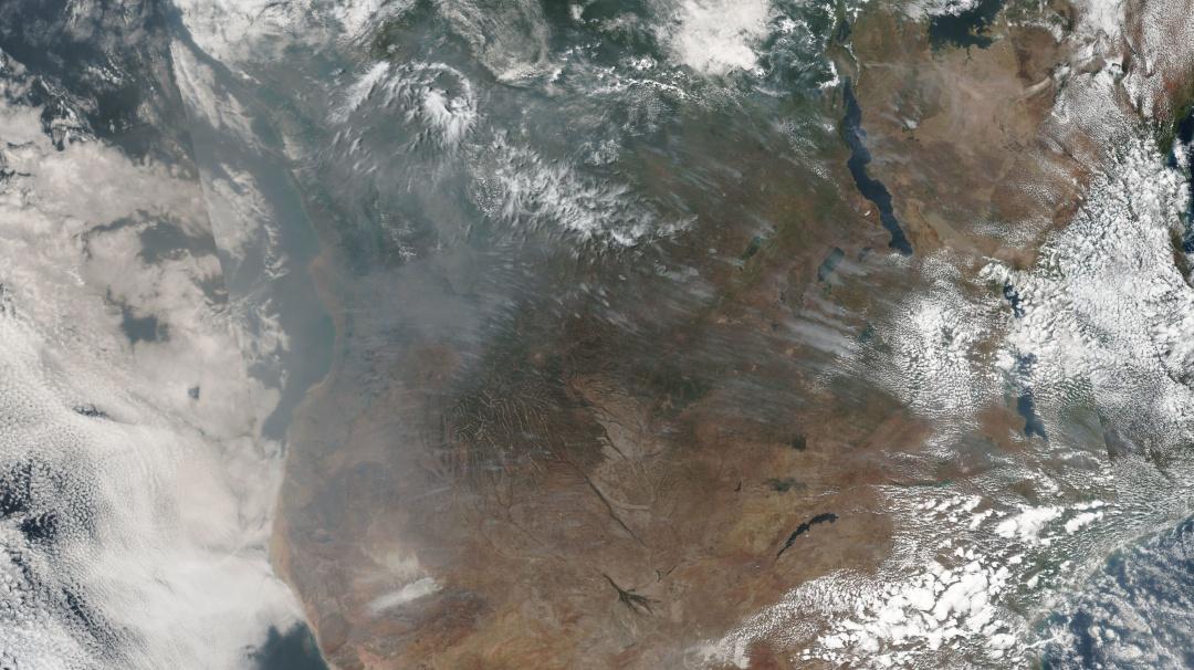 África también arde: satélites captan más incendios que en la Amazonia