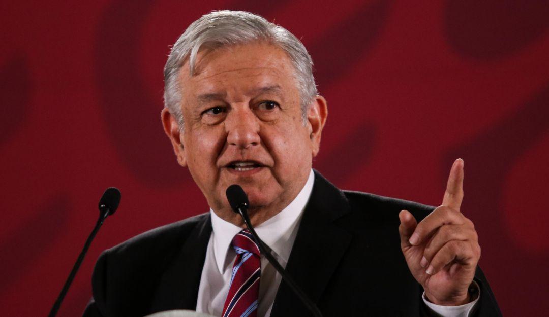 Niega AMLO presiones para obtener renuncia de Luis Vera