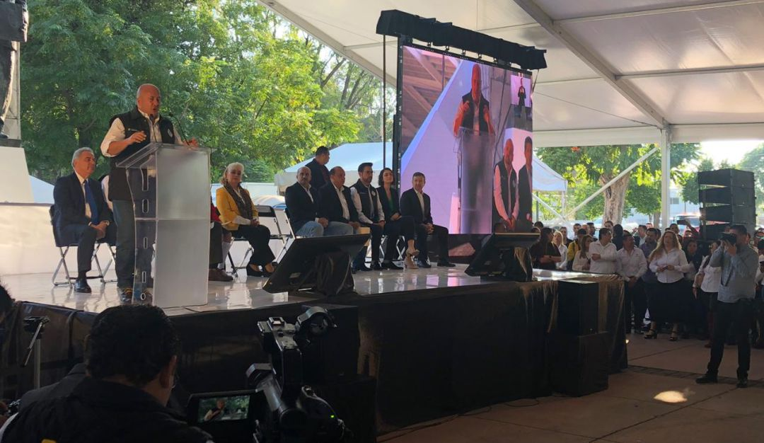 Entregan apoyos del programa Recrea en Guadalajara