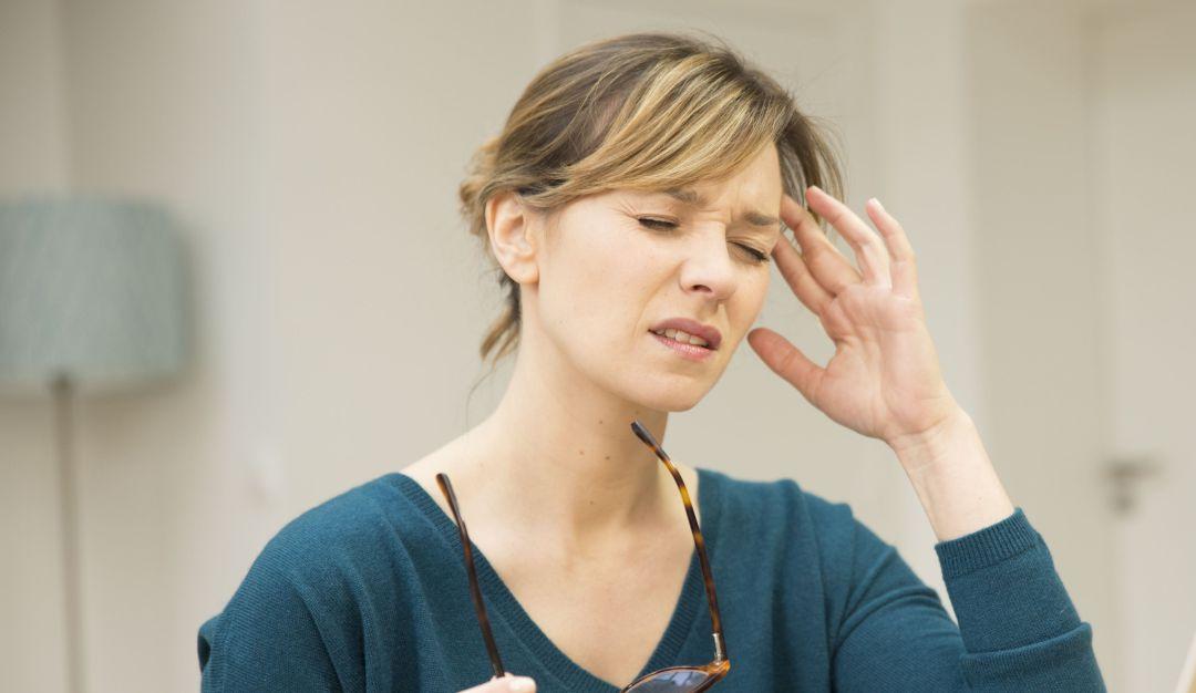 Temblor en el ojo; bájale a tu estrés