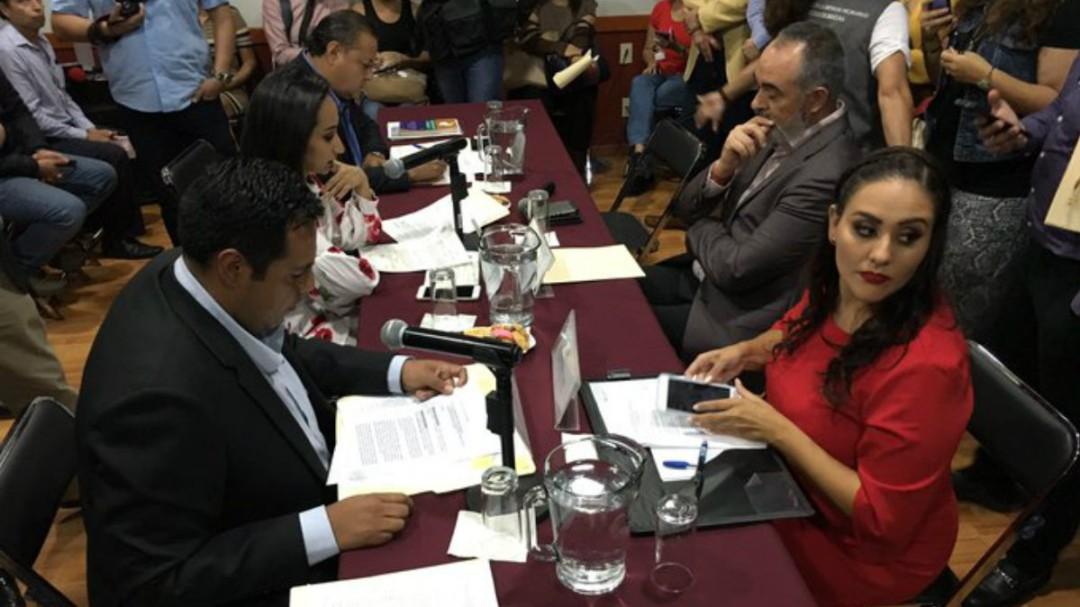 Aprueban en comisiones formar Congreso Constituyente